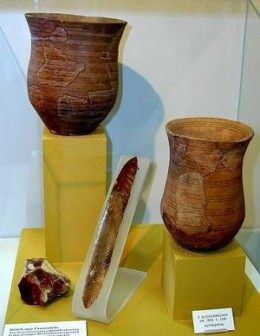 Sample pottery of the Bell Beaker Culture. Courtesy of Wikipedia.com.