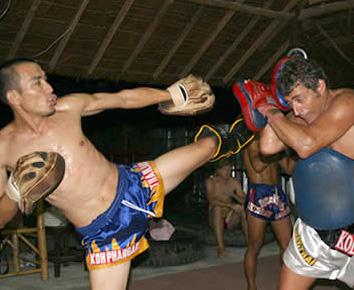 Muay Thai training in Koh Phangan
