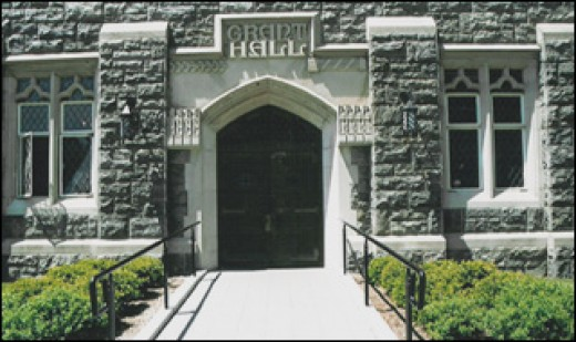 Entrance to Grant Hall