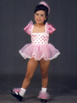 Armless Jessica has overcome shyness and danced for the last 12 years
