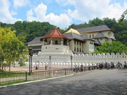 Temple of the Tooth relic in Kandy