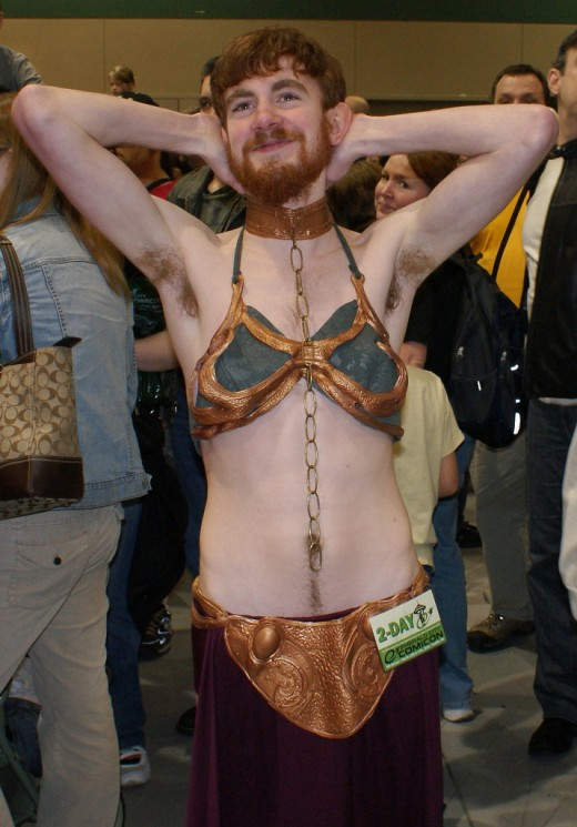 Dude in a Slave Leia costume. Source: Flickr, Duckyguy
