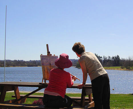 Painting on the banks of Videix Lake - a great painting holiday in France