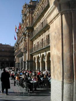 cafe in the plaza mayor