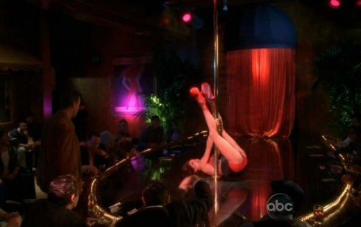 Teri Hatcher pole dancing on Desperate Housewives