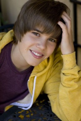 A young Bieber here on the verge of becoming a super star.