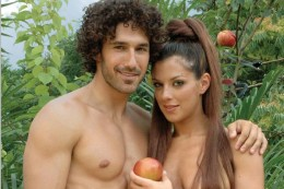 """Seethearts ETHAN ZOHN and JENNA MORASCA both animal lovers posed in the nude for PETA's """"I'd Rather Go Naked Than Wear Fur"""" Campaign"""