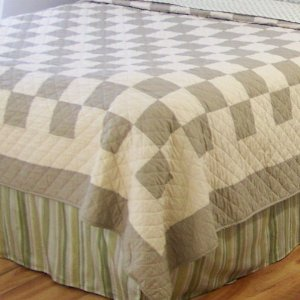 Checkered bedding
