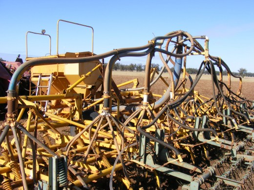 An old Connor-shea airseeder,again 30 odd years old and still going strong