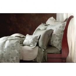 Hydrangea Comforter