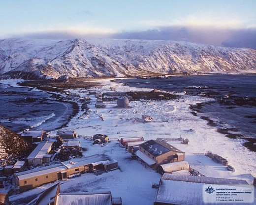 MacQuarie Island under snow.  The isthmus is narrow and only around 30 feet above sea level