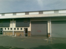Great factory with small offices in Glen Anil