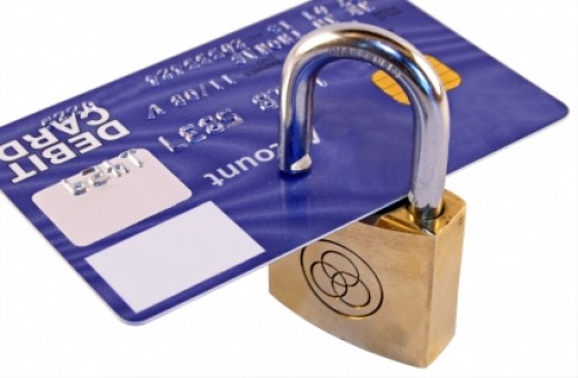 What is a secured credit card?    Image source - www.q80s.com