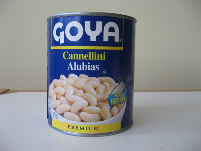 Canned cannellini beans / Photo by E. A. Wright