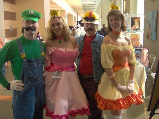 Super Mario Bros: Luigi, Peach, Wario, Daisy