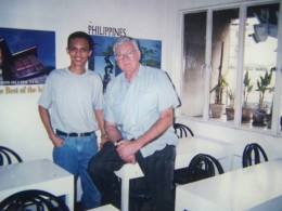 Travel Man (aka Ireno Alcala) with IRRI Head Architect Arthur King, a British national in his wife's consultancy office in Pasay, Manila Philippines (1999-2000)