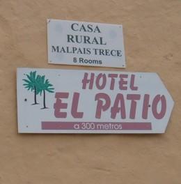 Hotel El Patio sign