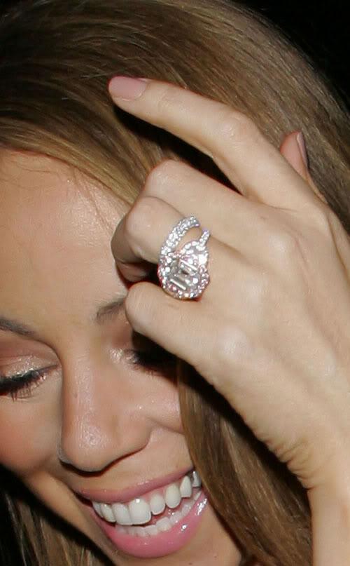 Celeb Mariah Carey's Engagement Ring: 17 carats