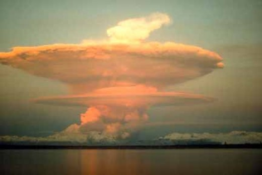 Cloud formed after eruption in Redoubt Volcano on April 21, 1990.