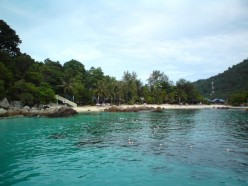 Perhentian Islands - Favourite Holiday Place with Beautiful Beach in Malaysia