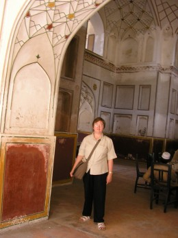 In the Punjab Public Library there are these Mughal style open reading rooms.  They are cool in the summer heat.