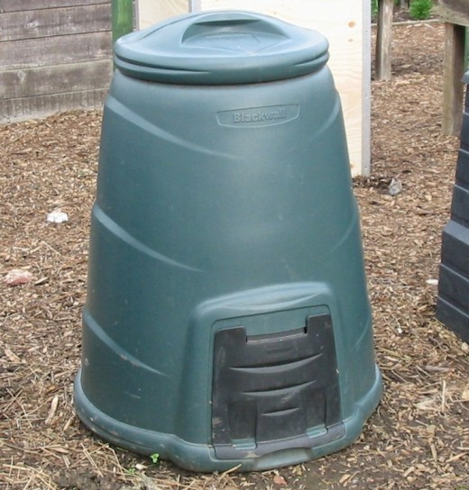A good composter will have a lid and access to the finished product