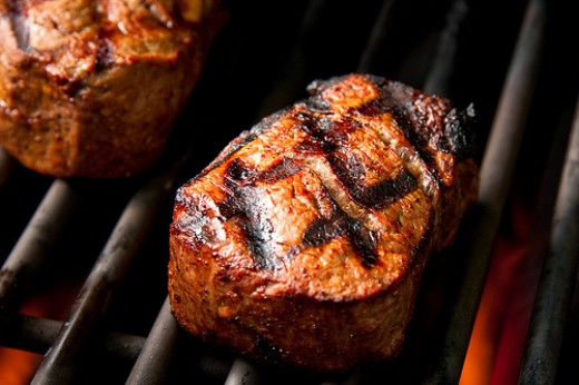 Grilled steak photo: Another Pint Please @flickr