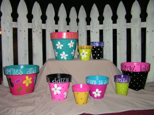 Brightly painted pots from charmedchix.com