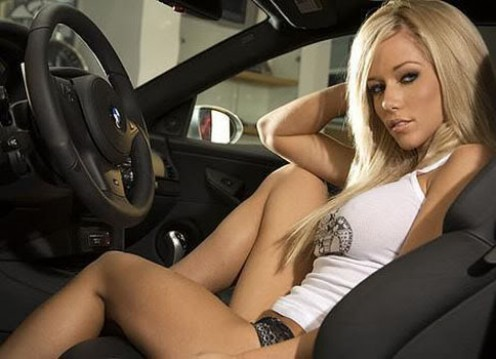 Sexy vixen - Kendra Wilkinson; smart, determined, and a true star