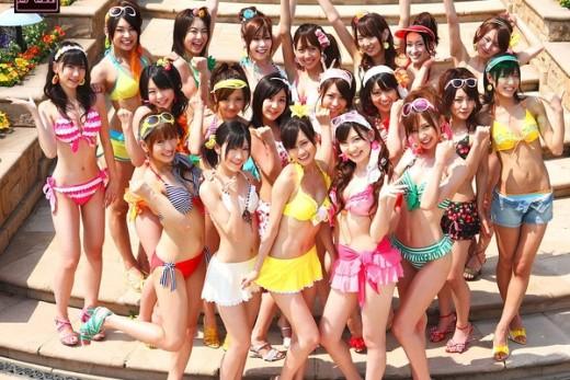AKB48 bikini shoot