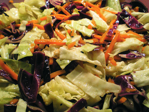 Cole slaw mix for coleslaw recipe photo:Paxsimius @flickr
