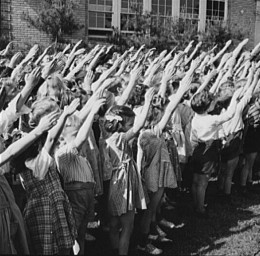 Another pre WWII photo of Americans saying the Pledge.