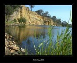 River cliff near Lakes Entrance