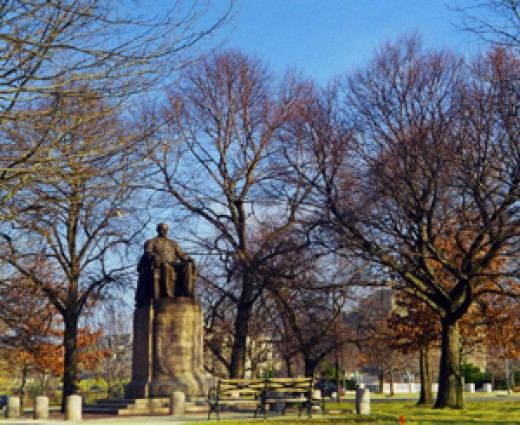 Hanna Statue, University Circle, Cleveland, Ohio