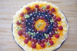 Dessert pizza recipes are easy, and they make an impressive presentation photo:eviemaedavid @flickrr