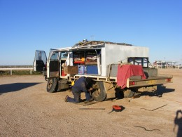 Doing a few repairs, day 5, Nullabor Roadhouse, still in South Australia