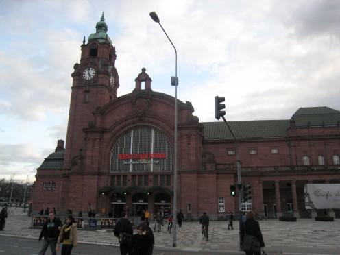 WIESBADEN TRAIN STATION