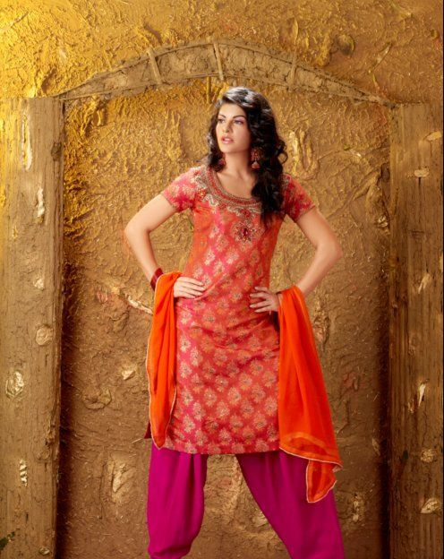 Jacqueline Fernandez in a Salwar 1