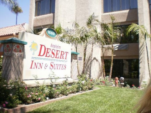 The Anaheim Desert Inn And Suites: Not The Happiest Place on Earth