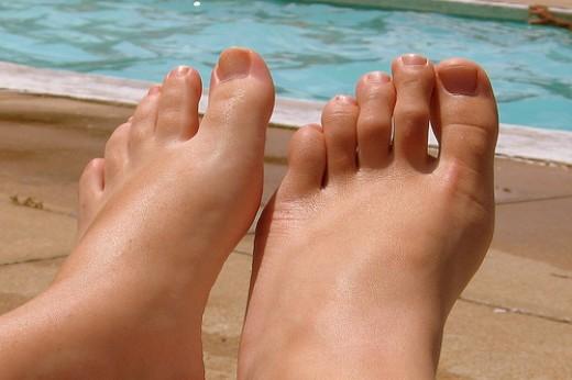 feet - from http://farm2.static.flickr.com/1236/812940398_0d51009a17.jpg