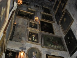 Harry Potter and the Forbidden Journey ride queue pictures