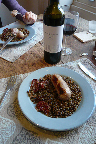 Lentil Stew with sun-dried tomatoes, mushrooms and Tuscan fennel sausage.  (Photo courtesy of Ricardo-rvacapinta@flicker.com)