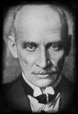 Gustav Meyrink, looking very intense.