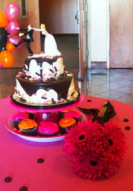 Serving ideas for a cupcake tower can be endless