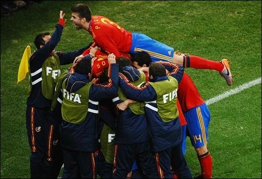 Raul Albiol (Real Madrid), Alvaro Arbeloa (Real Madrid), Joan Capdevila (Villarreal), Carlos Marchena (Valencia), Gerard Pique (Barcelona), Carles Puyol (Barcelona), Sergio Ramos (Real Madrid)