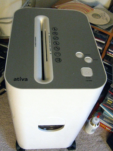 A home paper shredder