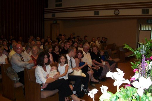 Family and Friends say goodbye on 26 July 2006 in Oakridge, Oregon