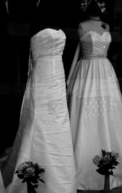 Buying a Wedding Dress On a Budget