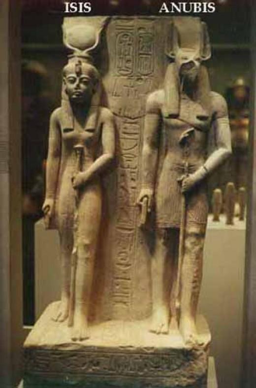 Isis and Anubis. Image credit:theunexplainedmysteries.com