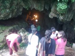 Mawsmai cave entrance